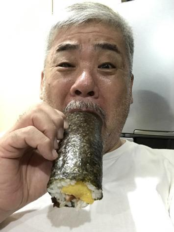 バンコク美容室 丸かぶり寿司